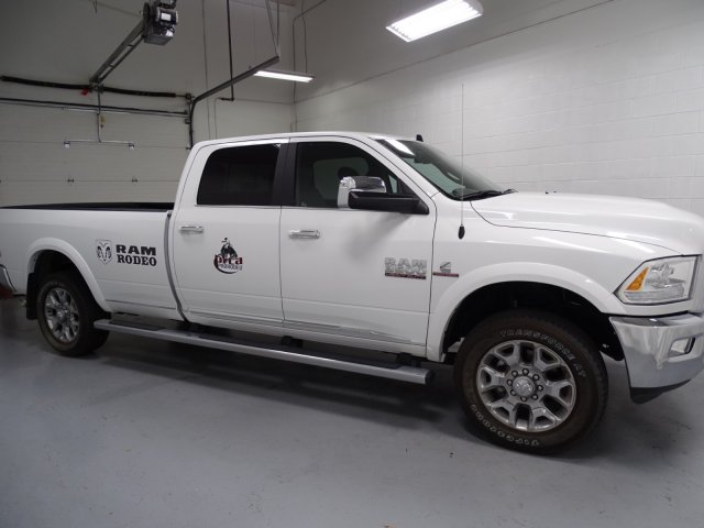 2017 Ram 3500 Crew Cab 4x4,  Pickup #1D70576 - photo 3