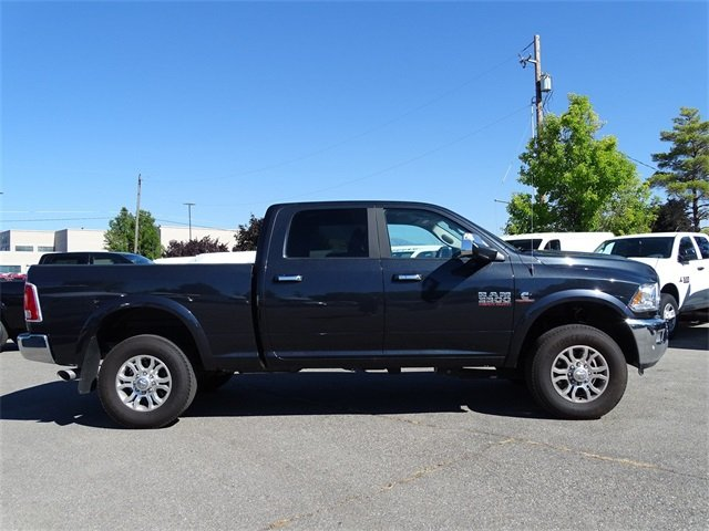2017 Ram 3500 Crew Cab 4x4,  Pickup #1D70736 - photo 3