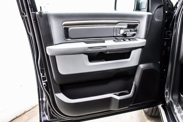 2018 Ram 1500 Crew Cab 4x4 Pickup #1D80056 - photo 15