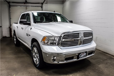 2018 Ram 1500 Crew Cab 4x4 Pickup #1D80068 - photo 4