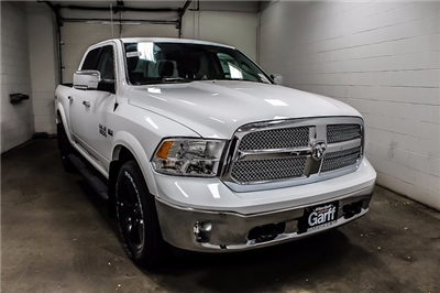 2018 Ram 1500 Crew Cab 4x4 Pickup #1D80149 - photo 4
