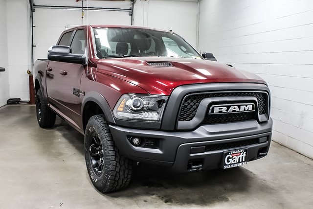 2018 Ram 1500 Crew Cab 4x4, Pickup #1D80404 - photo 4