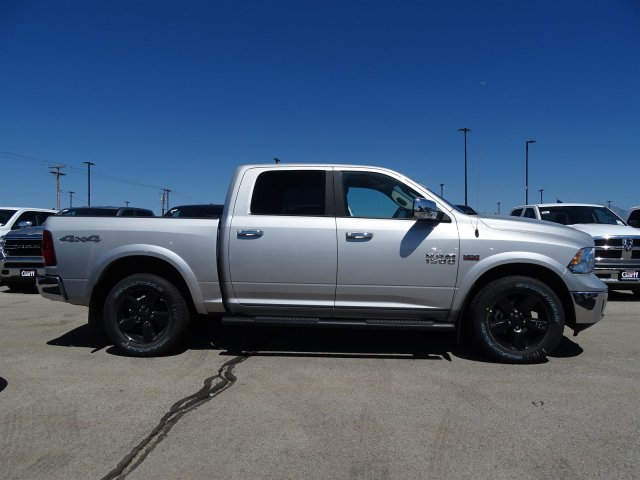 2018 Ram 1500 Crew Cab 4x4,  Pickup #1D80411 - photo 3