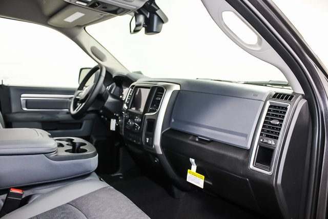 2018 Ram 1500 Crew Cab 4x4,  Pickup #1D80415 - photo 8