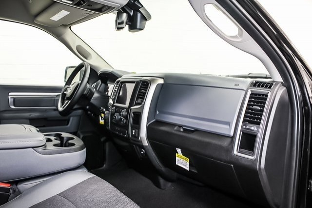 2018 Ram 1500 Crew Cab 4x4,  Pickup #1D80423 - photo 7