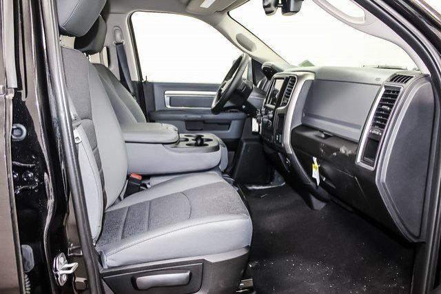 2018 Ram 1500 Crew Cab 4x4,  Pickup #1D80427 - photo 5