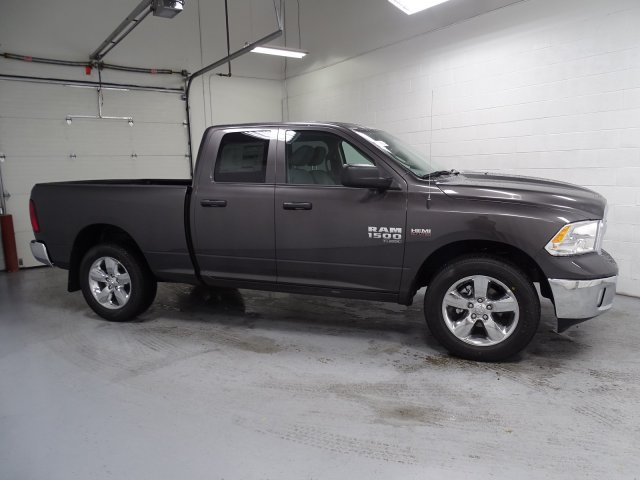 2019 Ram 1500 Quad Cab 4x4,  Pickup #1D90146 - photo 3