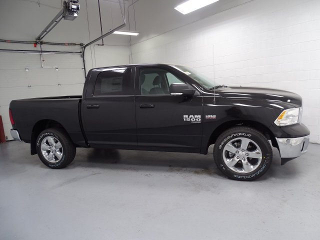 2019 Ram 1500 Crew Cab 4x4,  Pickup #1D90154 - photo 3
