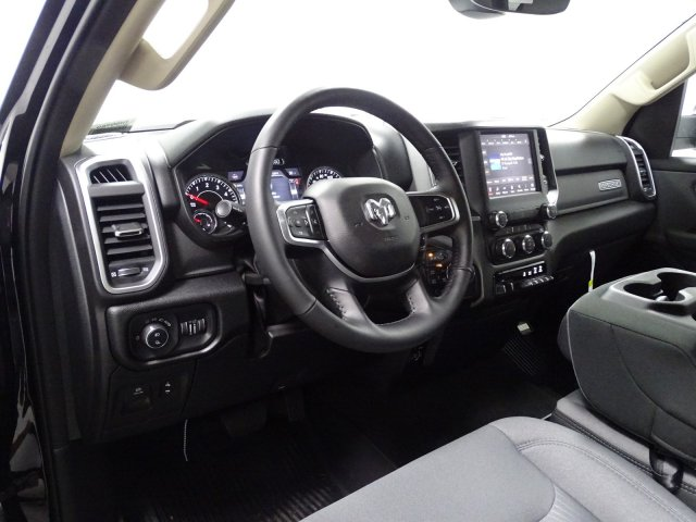 2019 Ram 1500 Crew Cab 4x4,  Pickup #1D90380 - photo 6