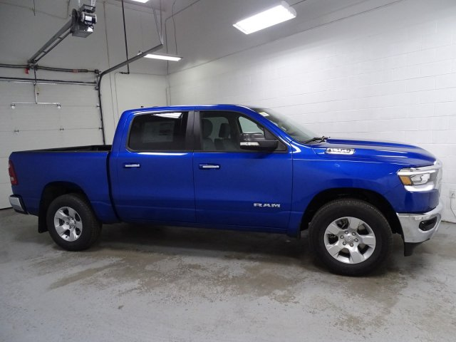 2019 Ram 1500 Crew Cab 4x4,  Pickup #1D90388 - photo 3