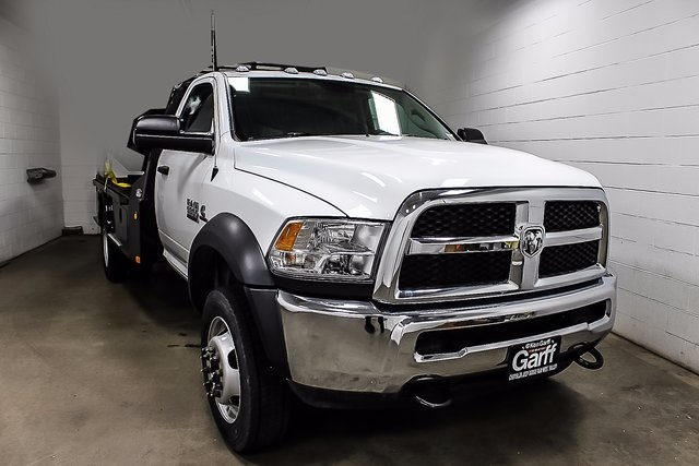 2017 Ram 5500 Regular Cab DRW 4x4, Platform Body #1DF7011 - photo 4