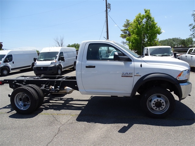 2017 Ram 5500 Regular Cab DRW 4x4,  Cab Chassis #1DF7056 - photo 3