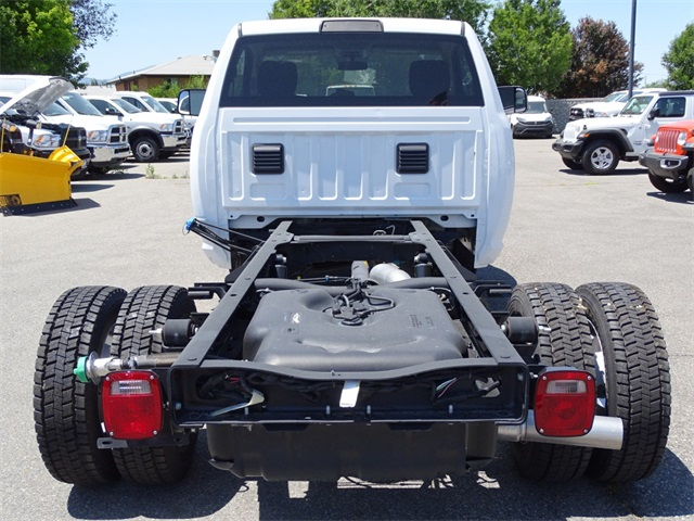 2017 Ram 5500 Regular Cab DRW 4x4,  Cab Chassis #1DF7056 - photo 4