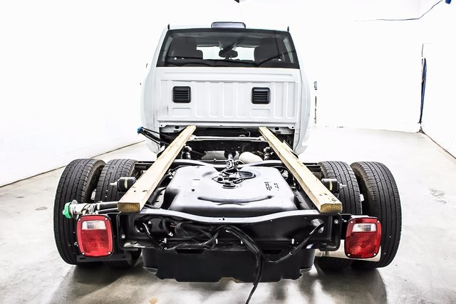 2016 Ram 3500 Crew Cab DRW 4x4, Cab Chassis #1DF7206A - photo 2