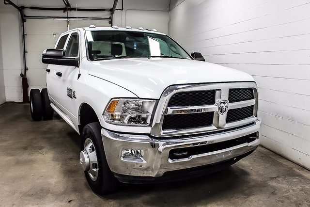 2016 Ram 3500 Crew Cab DRW 4x4, Cab Chassis #1DF7206A - photo 4