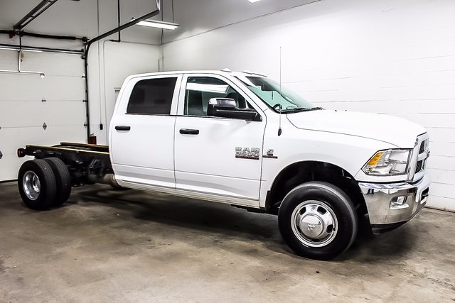 2016 Ram 3500 Crew Cab DRW 4x4, Cab Chassis #1DF7206A - photo 5