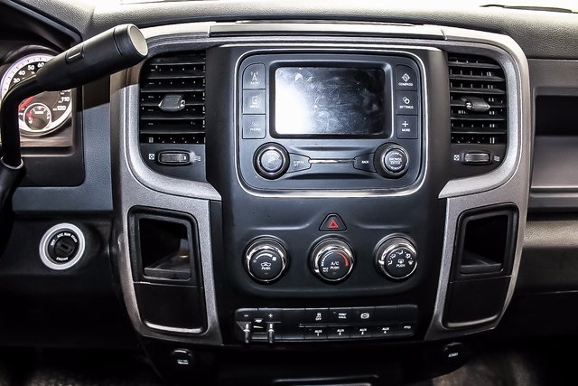 2016 Ram 3500 Crew Cab DRW 4x4, Cab Chassis #1DF7207A - photo 15