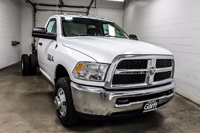 2017 Ram 3500 Regular Cab DRW 4x4 Cab Chassis #1DF7217 - photo 5