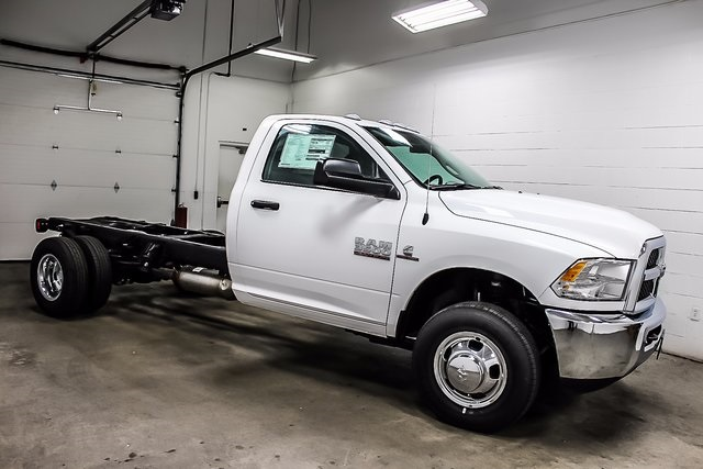 2017 Ram 3500 Regular Cab DRW 4x4 Cab Chassis #1DF7217 - photo 6