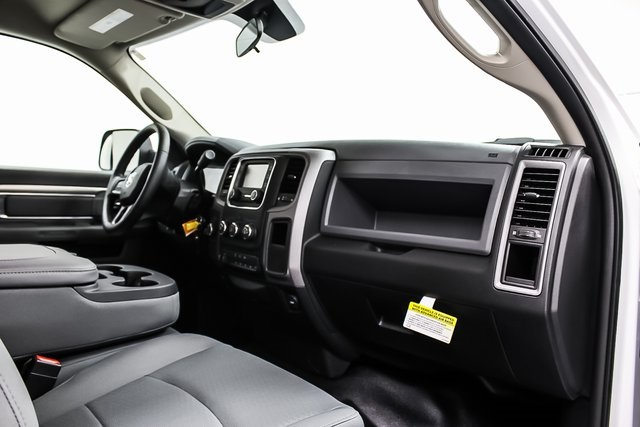 2017 Ram 4500 Regular Cab DRW 4x4, Platform Body #1DF7310 - photo 8