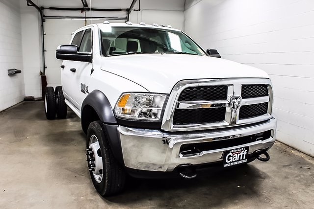 2018 Ram 5500 Crew Cab DRW 4x4, Cab Chassis #1DF8033 - photo 4