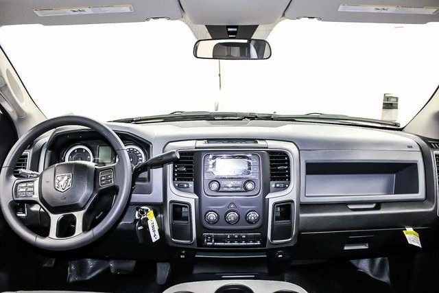 2018 Ram 3500 Crew Cab DRW 4x4, Service Body #1DF8111 - photo 23