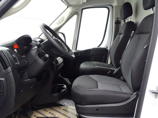 2018 ProMaster 2500 High Roof FWD,  Empty Cargo Van #1DF8276 - photo 9