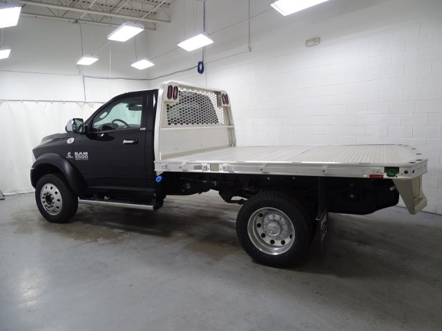 2018 Ram 5500 Regular Cab DRW 4x4,  Platform Body #1DF8392 - photo 5