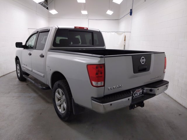 2011 Nissan Titan Crew Cab 4x4, Pickup #1DX4120 - photo 1
