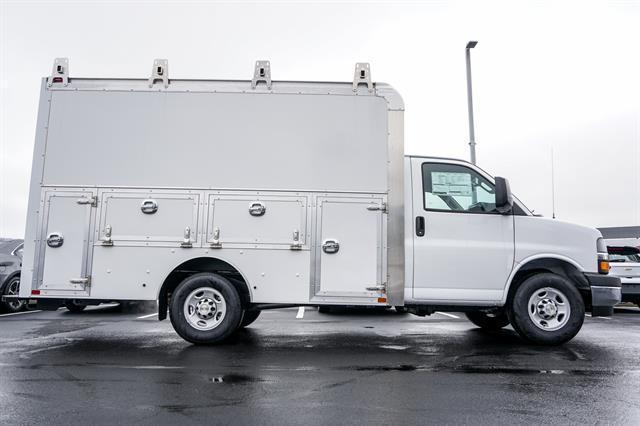 2020 Chevrolet Express 3500 4x2, Dejana DuraCube Max Service Utility Van #G00917 - photo 5