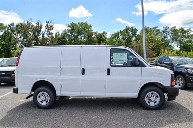 2017 Express 2500, Cargo Van #GV75110 - photo 5