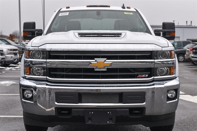 2018 Silverado 2500 Crew Cab 4x4 Pickup #GV87363 - photo 3