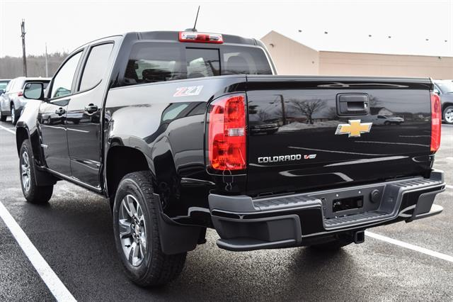 2018 Colorado Crew Cab 4x4, Pickup #GV87377 - photo 2
