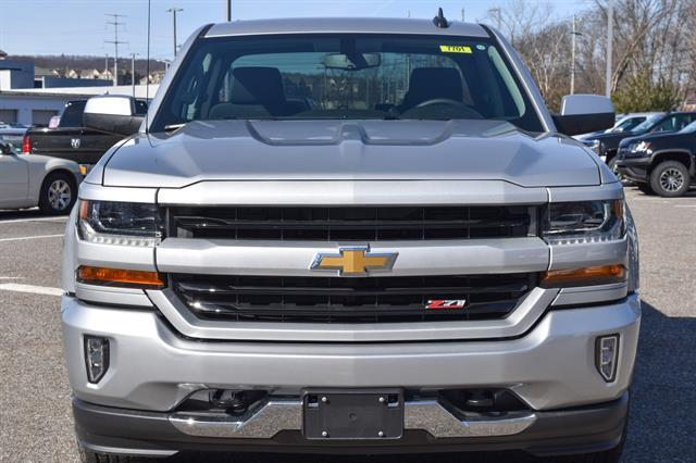 2018 Silverado 1500 Double Cab 4x4, Pickup #GV87701 - photo 3