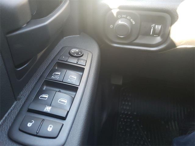 2021 Ram 5500 Crew Cab DRW 4x4, Knapheide Value-Master X Platform Body #MG546969 - photo 13