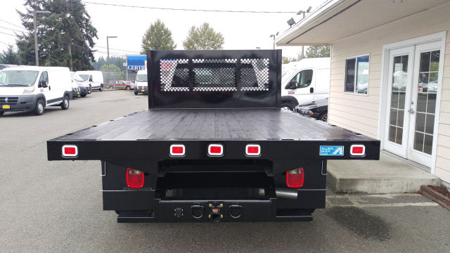 2015 Ram 5500 Regular Cab DRW 4x4, Knapheide Platform Body #R150488 - photo 4