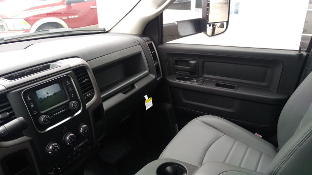 2016 Ram 3500 Crew Cab DRW, Harbor Platform Body #R160096 - photo 20