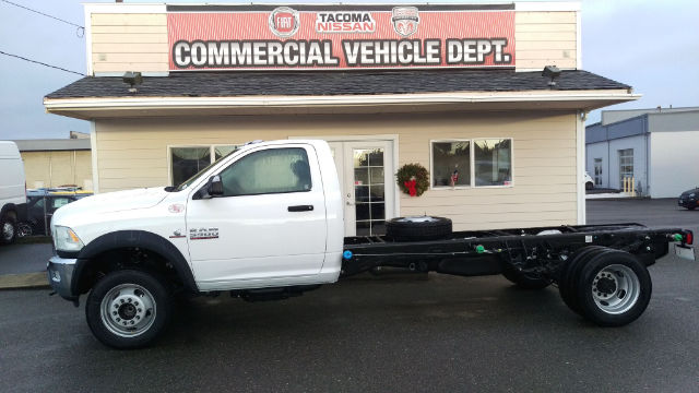 2016 Ram 5500 Regular Cab DRW, Cab Chassis #R160219 - photo 3