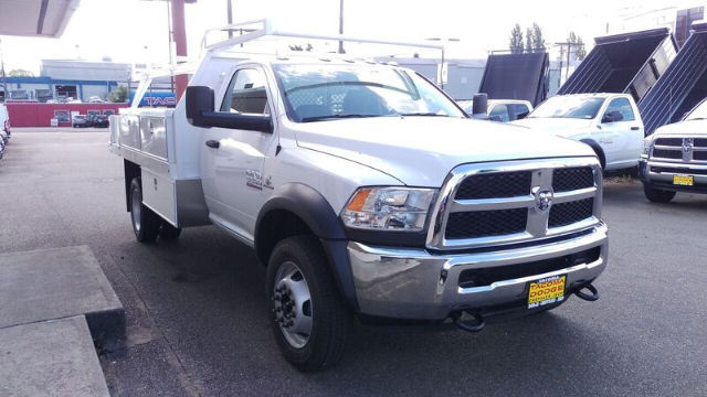 2016 Ram 5500 Regular Cab DRW 4x4, Harbor Contractor Body #R160488 - photo 6