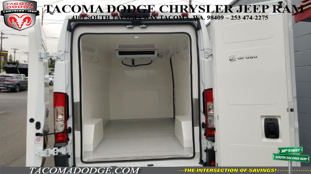 2016 ProMaster 2500 High Roof, Refrigerated Body #R160606 - photo 2