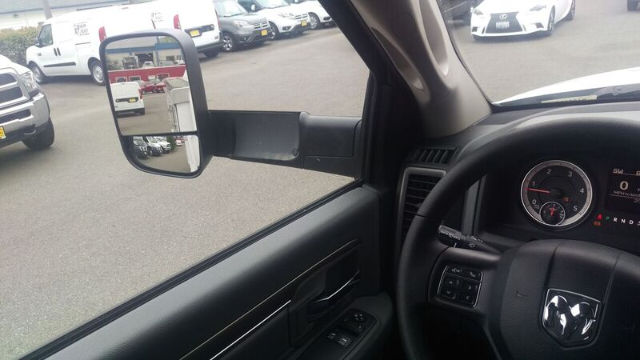 2016 Ram 5500 Regular Cab DRW, Contractor Body #R160677 - photo 10