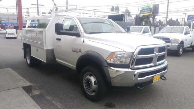 2016 Ram 5500 Regular Cab DRW, Contractor Body #R160677 - photo 6