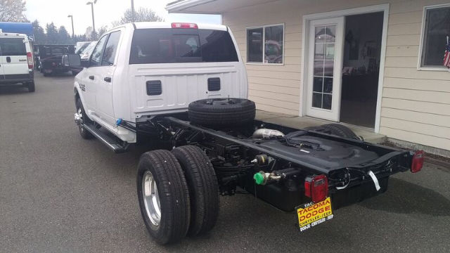 new 2017 ram ram 3500 crew cab cab chassis for sale in tacoma wa. Black Bedroom Furniture Sets. Home Design Ideas