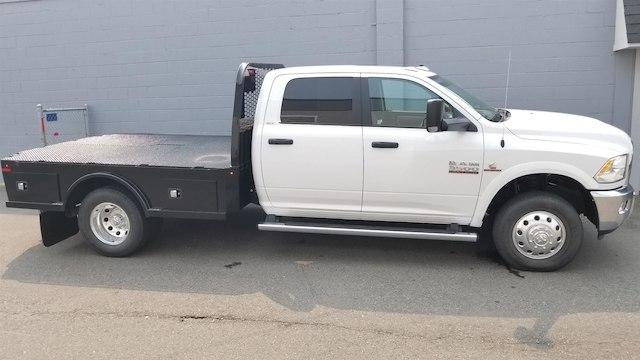 2017 Ram 3500 chassis SLT 60 CA #R170082 - photo 9