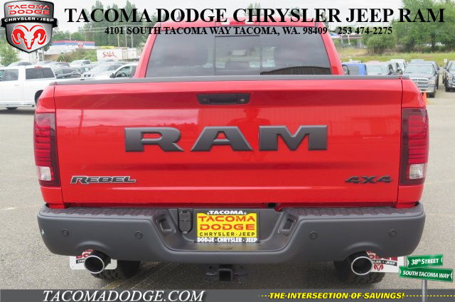 2017 Ram 1500 Crew Cab 4x4, Pickup #R170397 - photo 5