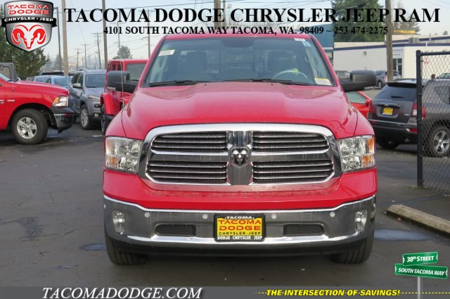 2017 Ram 1500 Crew Cab 4x4, Pickup #R170640 - photo 3