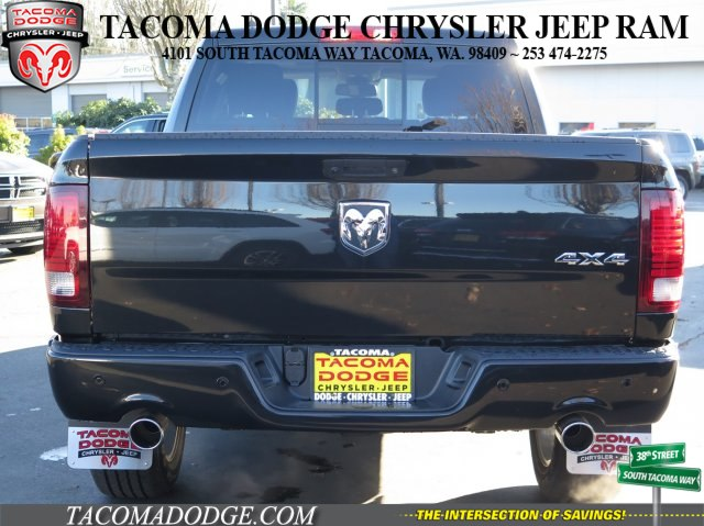 2018 Ram 1500 Crew Cab 4x4 Pickup #R180027 - photo 4