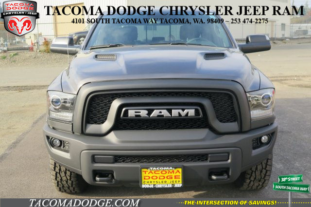 2018 Ram 1500 Crew Cab 4x4 Pickup #R180071 - photo 3