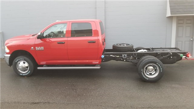 2018 Ram 3500 chassis Tradesman 60 CA #R180122 - photo 4