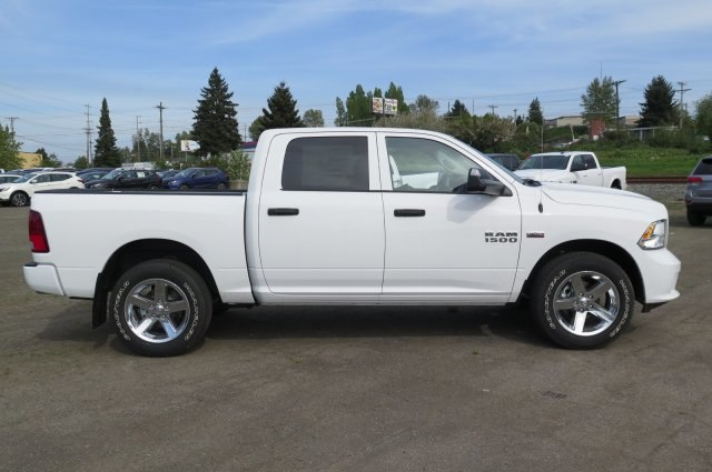 2018 Ram 1500 Crew Cab 4x4,  Pickup #R180163 - photo 5